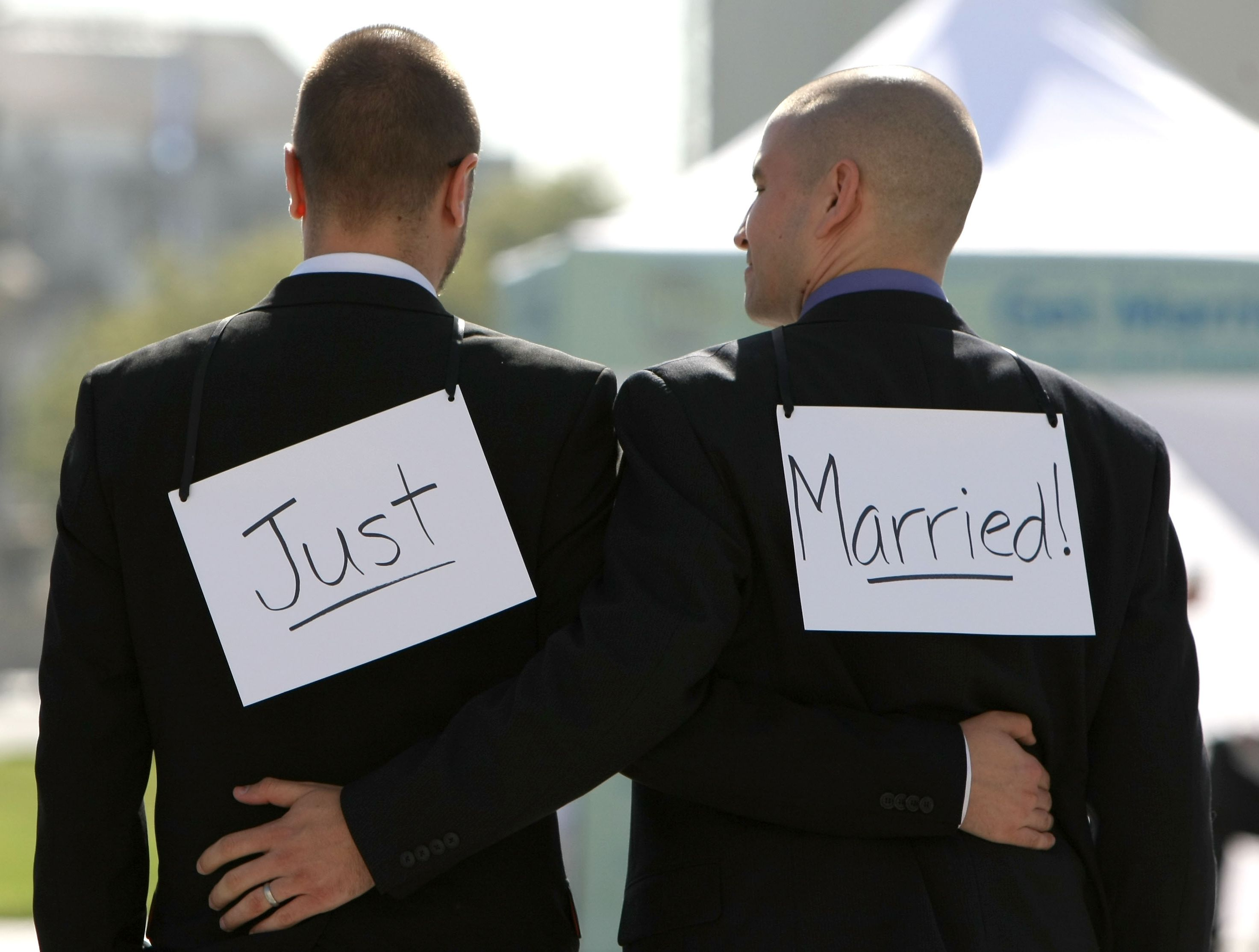 gay-marriage-two-men